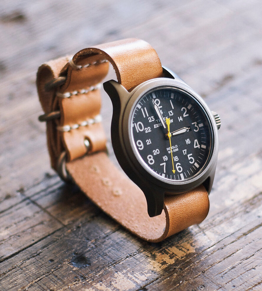 exclusive watches with leather bracelet